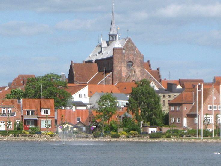Domkirken set fra vest