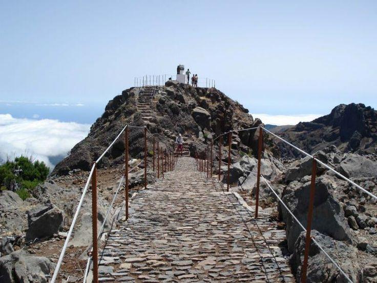 Pico do Arieiro - Pico Ruivo - Achada do Teixeira