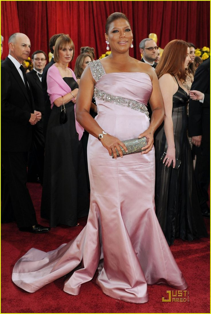 Queen Latifah -- Oscars 2010 Red Carpet