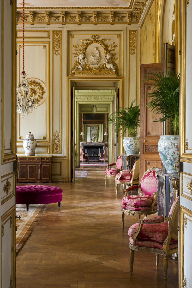 25 best french chateau decor ideas on pinterest french chateau romantic decorating french italian style we offer free custom drapery and bedding designs using