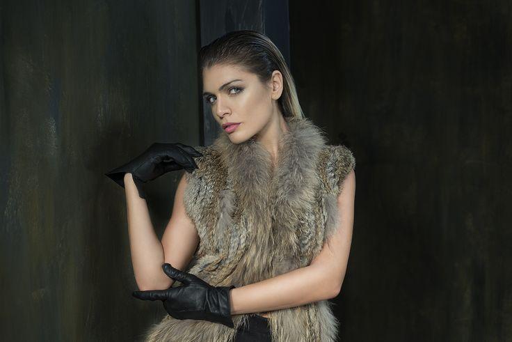 Moedelo: Erika Boveri Alexis Lord Ferrari