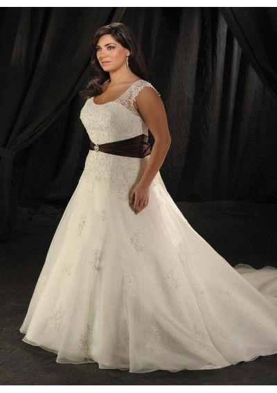 191 besten BEAUTIFUL,CURVY BRIDES Bilder auf Pinterest ...