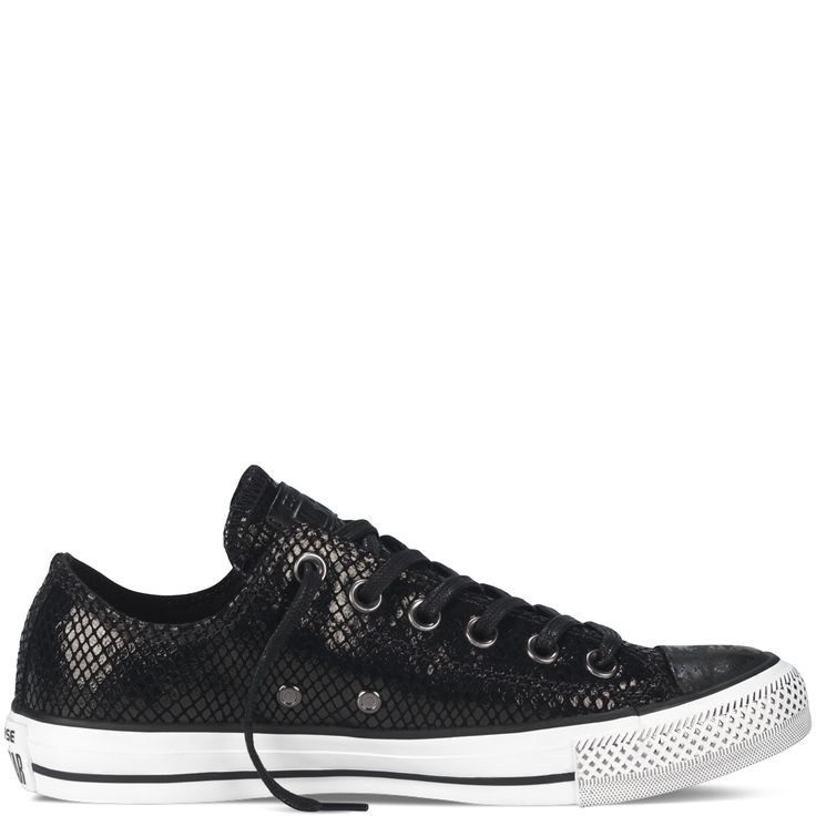 converse shoes rs 500 sailboat images during stormy