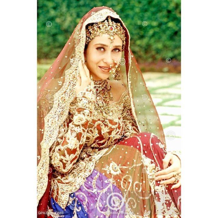 Gorgeous Karisma Kapoor