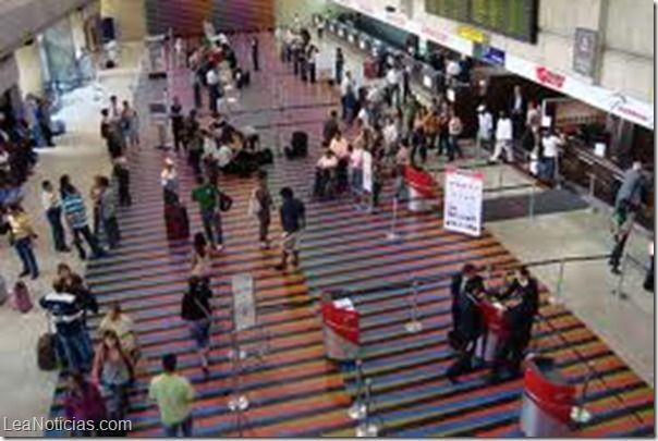 Al menos 50% bajó la demanda de pasajes aéreos al exterior - http://www.leanoticias.com/2014/02/04/al-menos-50-bajo-la-demanda-de-pasajes-aereos-al-exterior/