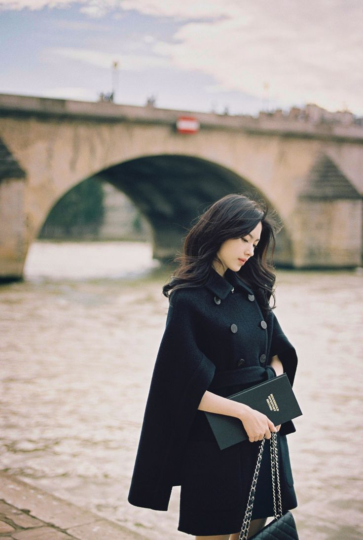 milkcocoa | black romantic cape coat