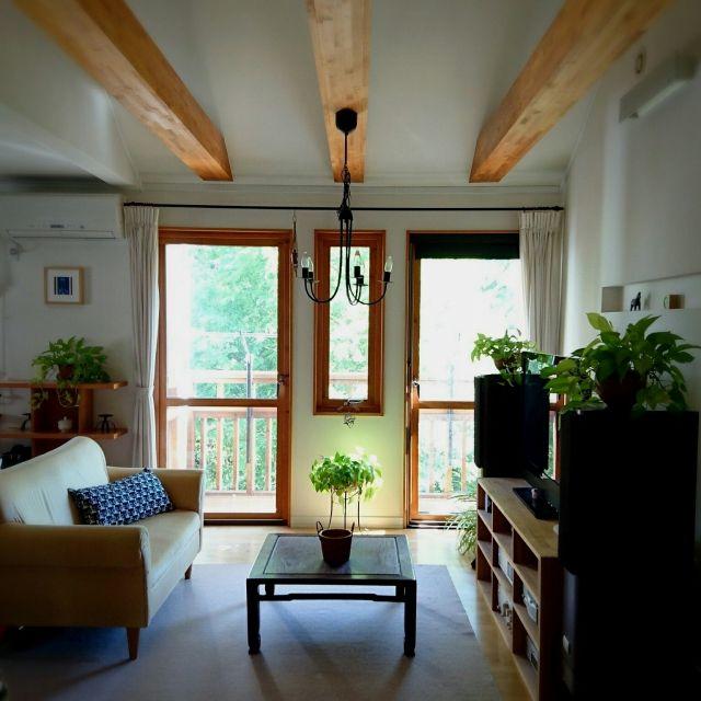 mimiさんの、部屋全体,観葉植物,IKEA,北欧,2F,古いもの,なんちゃって梁,スウェーデンハウス ,アタ製品,のお部屋写真