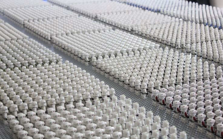 LEGO CLONE ARMY PROJECT: http://igg.me/at/clonearmyproject You've waited long enough! This year's edition of Solid Brix Studios (David Hall) Clone Army consi...