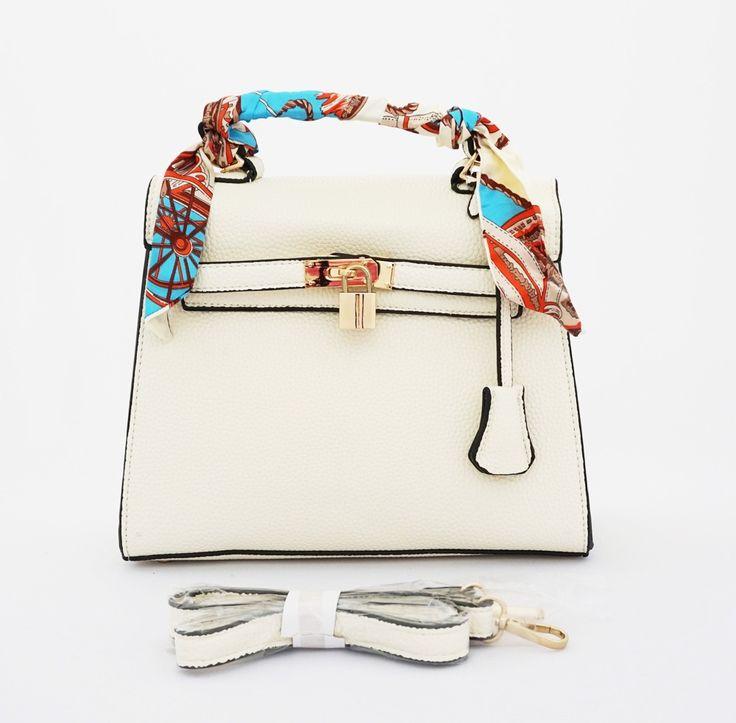 Kelly Syal Korean Bag, elegan cantik. Bisa tenteng dan tali panjang. Good quality. Free syal, warna putih. Uk 26x10x22