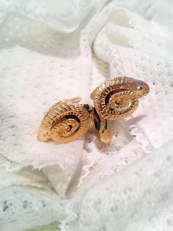 """ZOLOTAS """"Heritage"""" ring"""