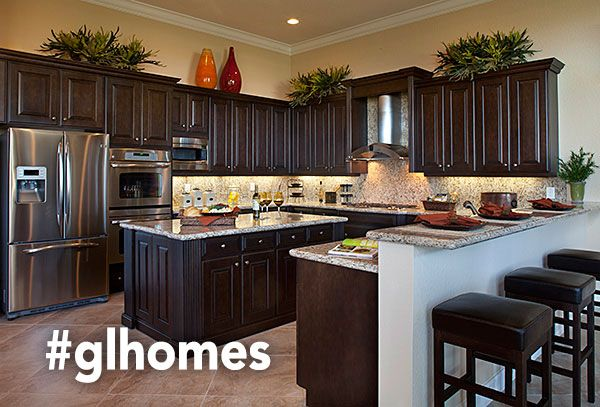 Amazing gourmet kitchens - new homes in Florida by GL Homes