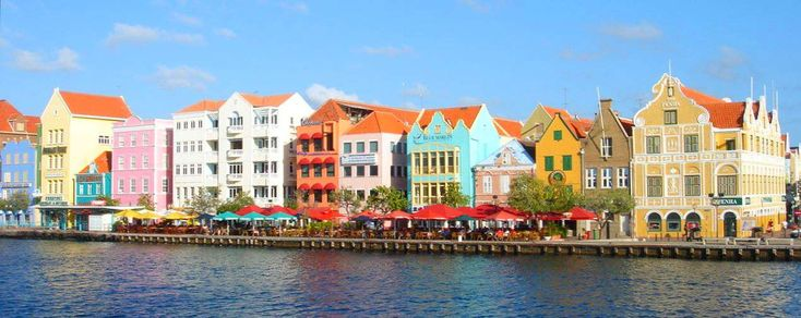 Curacao.: Beautiful Islands, Vacations Destinations, Beautiful Curacao, Clever Colors, Favorite Places, Colors Town, Beautiful Places, Colors Places, Curacao 2001