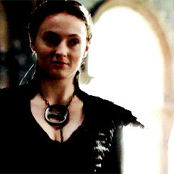 """Here's Proof The Women Of """"Game Of Thrones"""" Are Way More Badass Than The Men"""