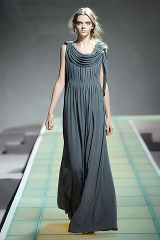 Greek Inspired Fashion  Masha Tyelna , Alberta Ferretti   Photo: Marcio Madeira