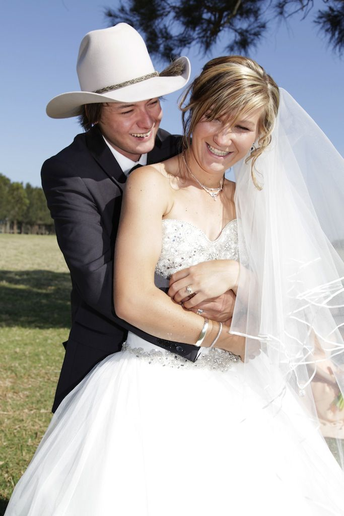 Such a cute couple, the ultimate country wedding. So young and in love, naw!