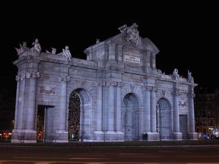 Puerta de Alcalá, Madrid, España