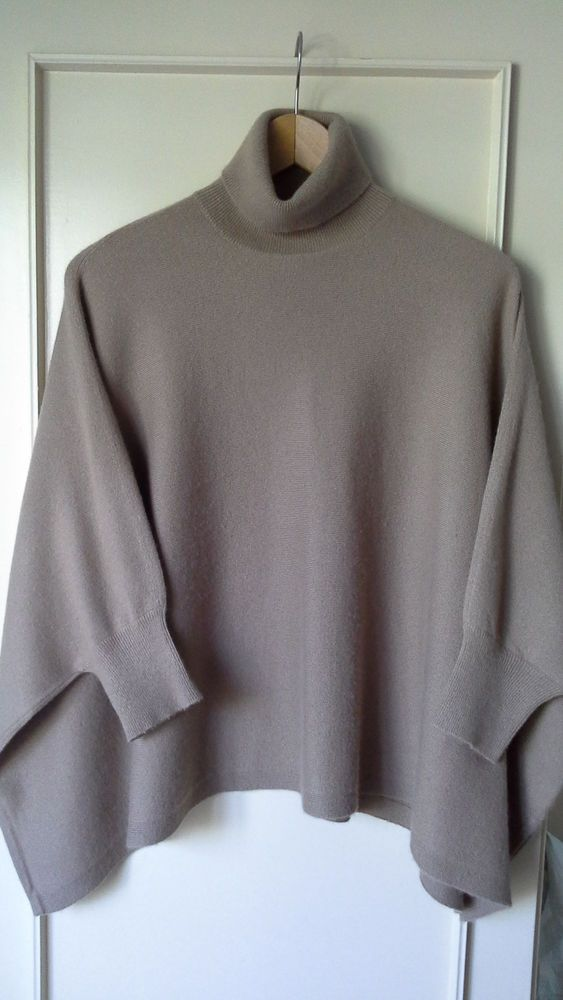 Michael Kors Camel cashmere Short Sleeved Oversize Sweater  #MachelKors #Sweater