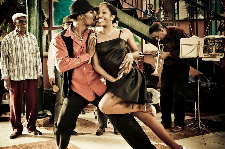 Salsa Cubaine - Studio Massaro - Ecole de danse latine Paris Nation