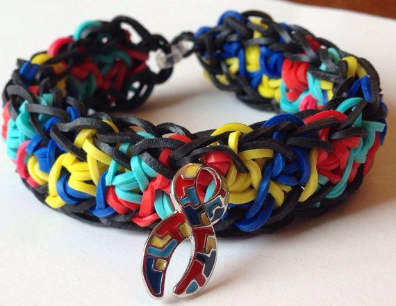 how to make a awareness ribbon out of loom bands