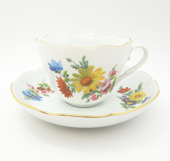 Triptis Porzellan tea cup and saucer by indiecreativ, $23.00