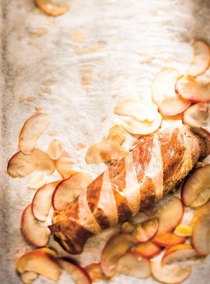 Recette de Ricardo de filets de porc, prosciutto et pommes