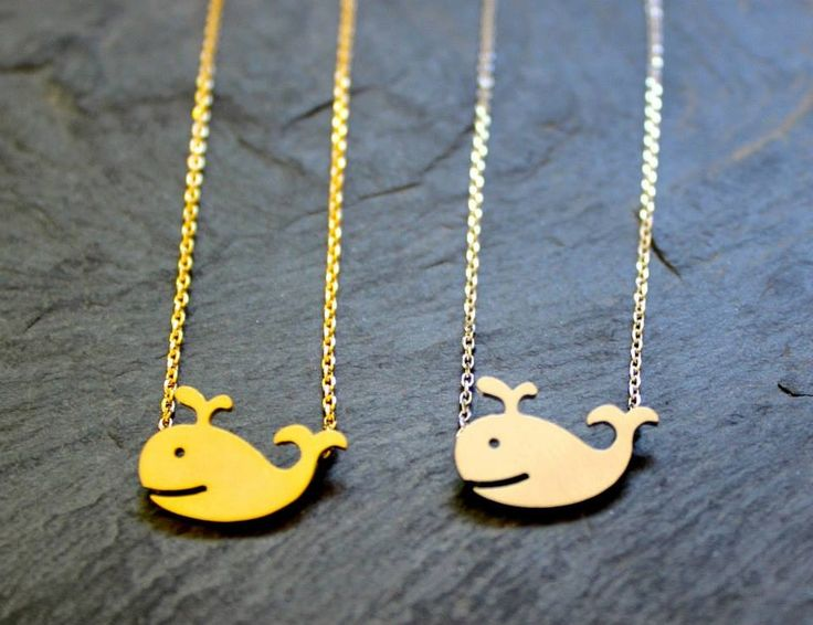 Happy whale Necklace