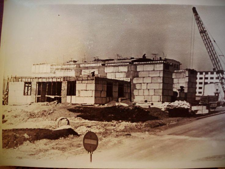 """Севастополь. Строительство кинотеатра """"Океан""""."""