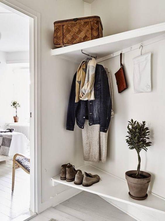 Här kommer 11 snygga grejer man kan ha i sitt hem, göra om eller inspireras av helt i linje med vad som är hett just nu. Inte för att sånt spelar någon roll, men eftersom inredningstrenderna för tillf