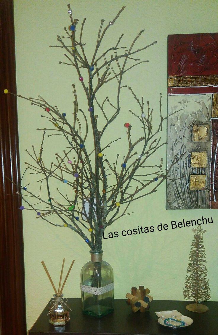 Árbol de navidad ☃  Para estancias pequeñas.... No ocupa casi nada....
