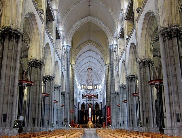 Cathédrale Notre-Dame-de-la-Treille à Lille © Velvet