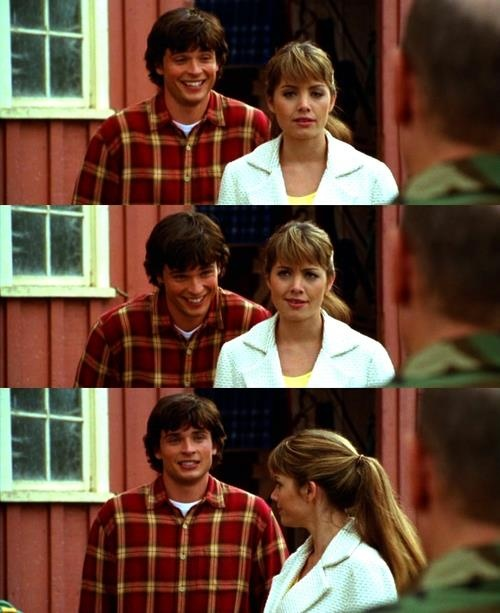 Clark laughing at Lois in Facade.Such a cute moment!  #Smallville #Clois  ***Sean***