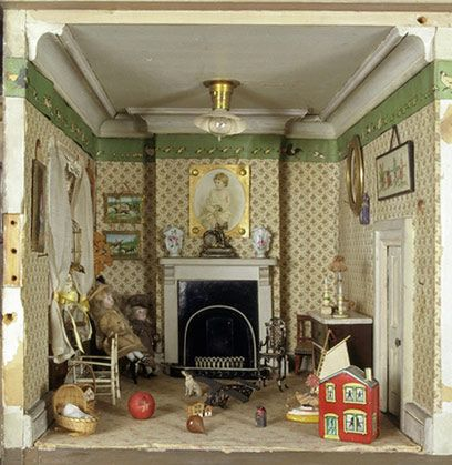 Amy Miles' dolls-house, ca 1890, Victoria and Albert Museum