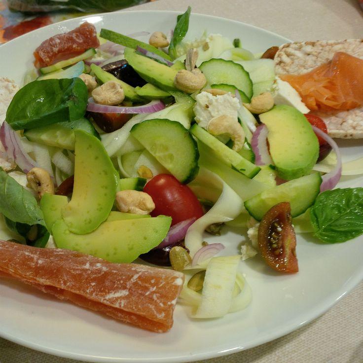 Tagliatelles crues à la grecque. #ABCuisine // Raw Tagliatelles Pasta - Greek Style. http://ow.ly/i/b5Tss