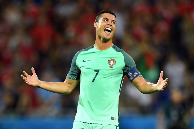 Cristiano Ronaldo has agreed to a new lifetime contract with sports giant Nike that will earn him an astonishing $1.25 billion. Only a day after putting pen to paper on a new contract with Real Mad…