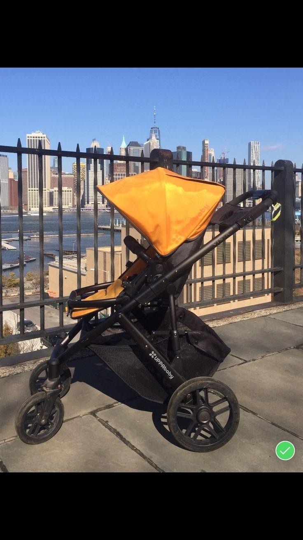 Uppababy Vista stroller. Gently used. Black and orange