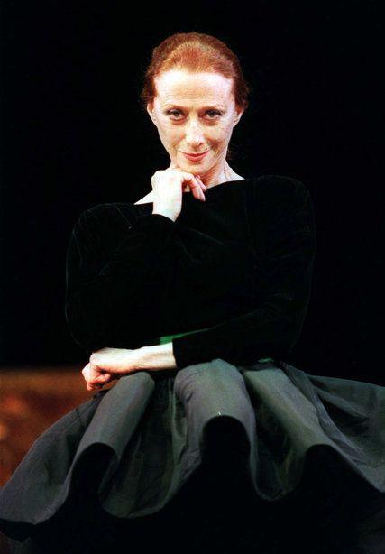 Maya Plisetskaya, Ballerina Who Embodied Bolshoi, Dies at 89 - NYTimes.com