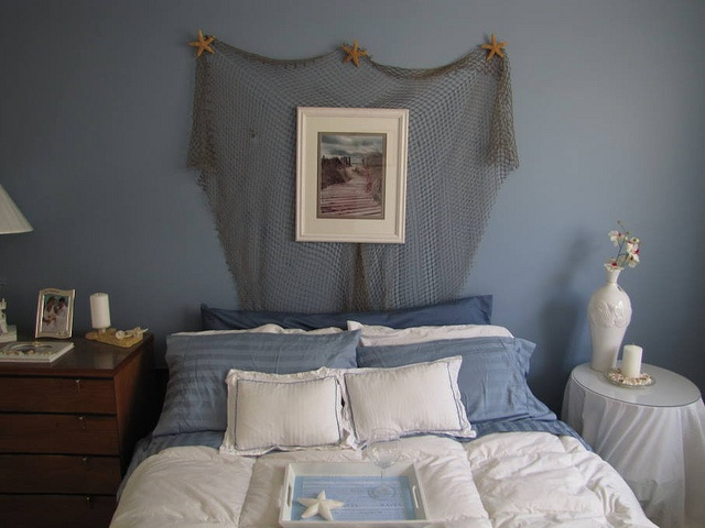 Beach Themed Guest Room  Used Fishnet To Create A Easy Headboard