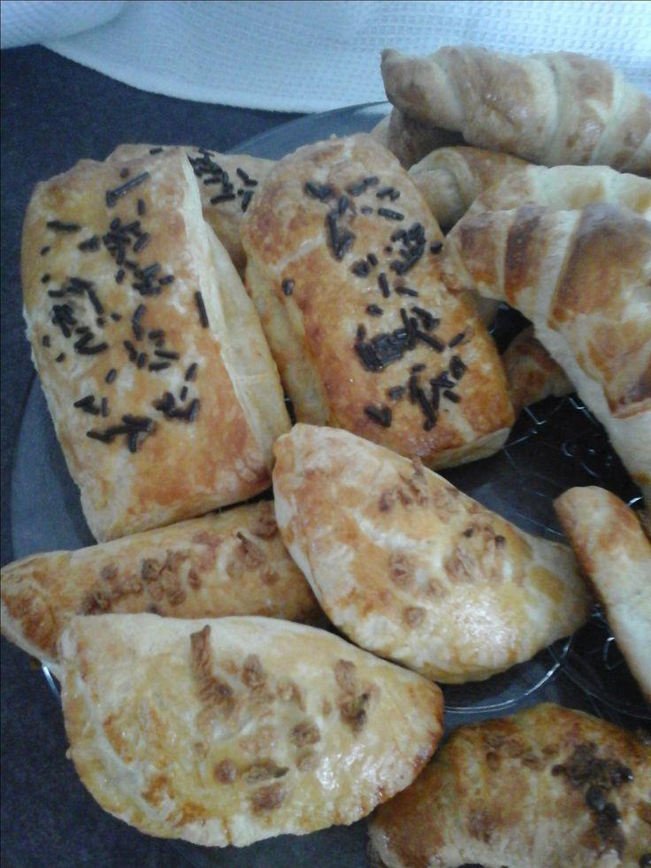 Pâte croissant :Chocolatine et  pochette aux pommes et croissant