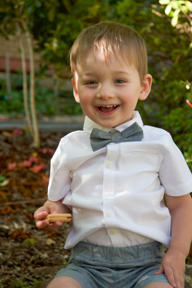 Come and join us for our Sewing for boys blog series. Part two is about making a bow tie and boy's dressy shorts and the many options. Can't sew? Visit our shop at www.limehippo.etsy.c…