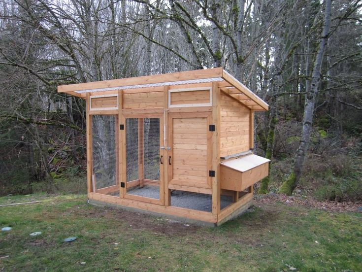136 best garden and chickens images on pinterest for Simple chicken coop plans for 6 chickens