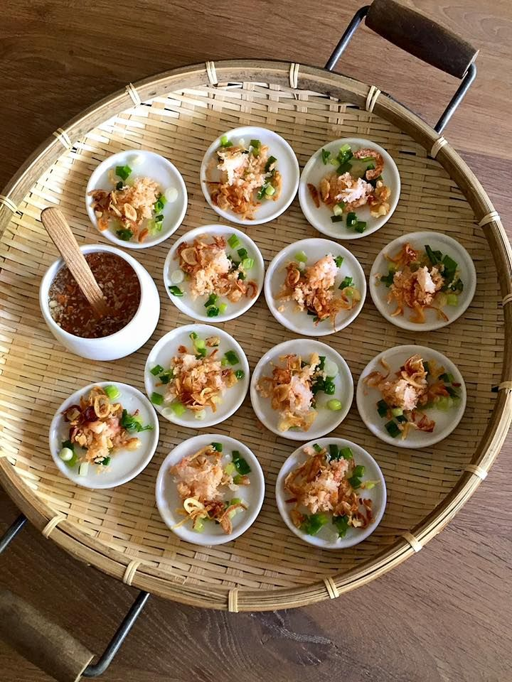 The Spices Of Life . . .: Bánh Bèo (Steamed Rice Cakes)