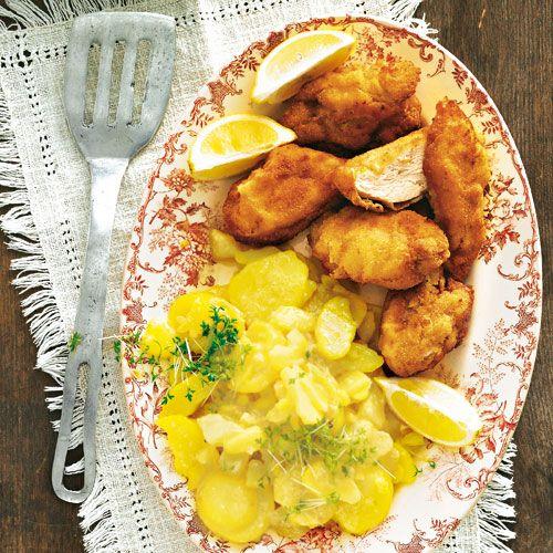 Backhendl mit Kartoffelsalat in Meerrettich-Dressing