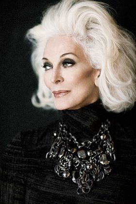 10 Stunning Vintage Magazine Covers Featuring Carmen Dell'Orefice