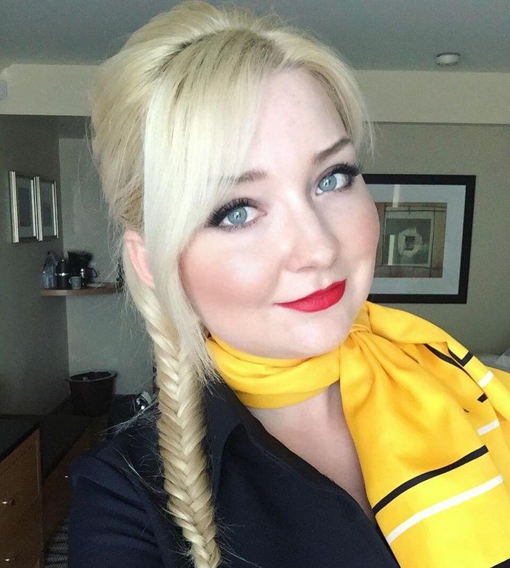 From @irinair91 Back to Germany #canada #vancouver #panpacifichotel #flightattendant #flugbegleiterin #crew #crewlife #lovemyjob #airbus330 #airbus #munich #nars #maybelline #naked2 #blonde #стюардесса #люфтганза #блондинка #германия #мюнхен #канада #ванкувер #crewiser #aviation #cabincrew #airplane #cabincrewlifestyle #flightattendants #flightattendantlife #airline