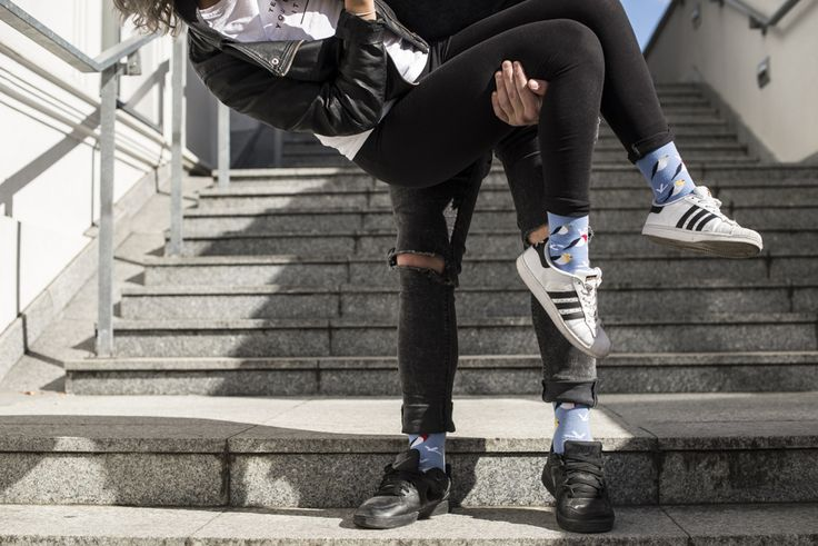 Lifestyle - kolorowe skarpetki męskie i damskie
