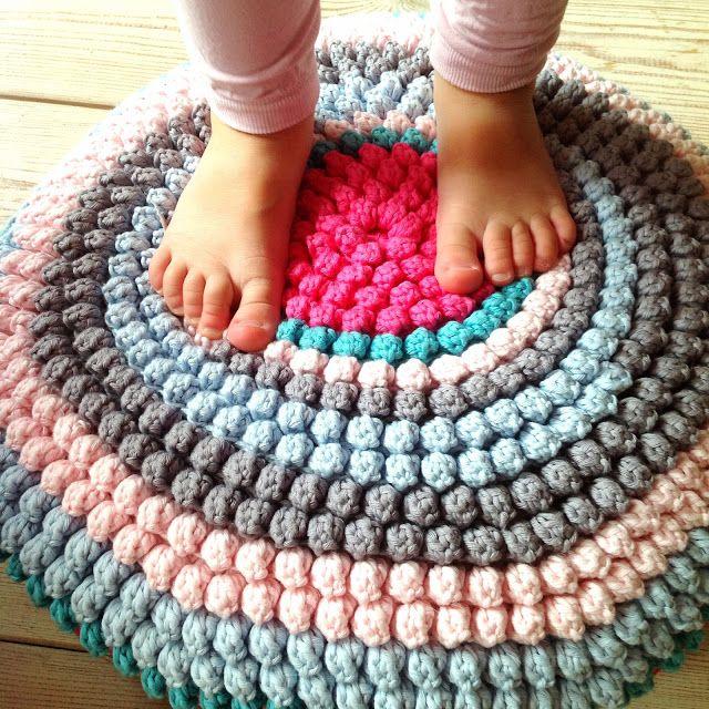 Crochet Bobble Rug - Photo Tutorial ❥ 4U // hf