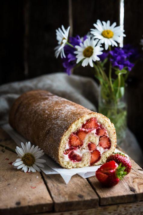 Gluteeniton mansikkakääretorttu / Gluten free Strawberry Swiss Roll Food & Style Mika Rampa, Perinneruokaa prkl Photo Mika Rampa www.maku.fi