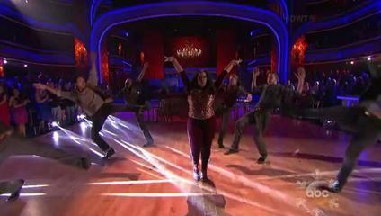 Amber Riley & Derek Hough - Freestyle - Encore