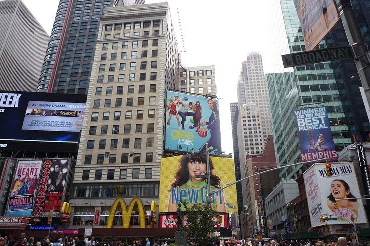 TEATROS da Broadway apresentam espetáculos que ficam anos em cartaz.