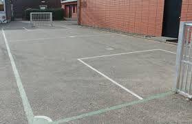 Bildergebnis für kleine Fußballtore Schulhof